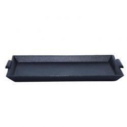 Plancha de hierro rectangular. Medidas: 29x17cm.