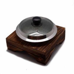 Plancha con tapa y base de madera