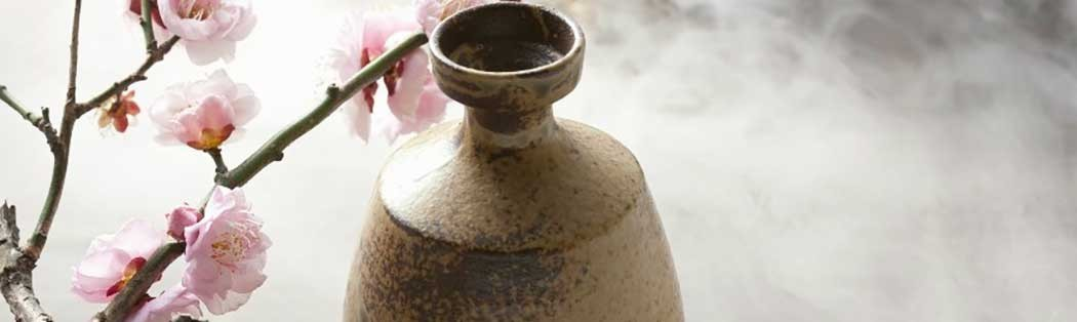 Jarras para sake y salsa de soja