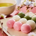 Japanese dango: What is it and how to eat it?
