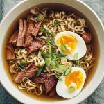 Ramen (Japanese noodle soup): what it is, how to cook it and its properties