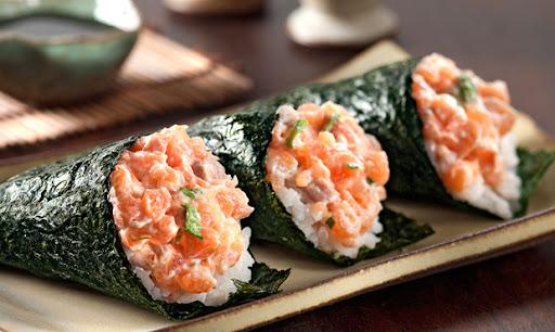 temaki de sushi